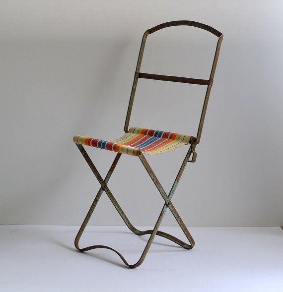 Adorable Vintage Chaise Pliante De Poupee Francaise Par Frenchwave Chaise Pliante Chaise Poupee