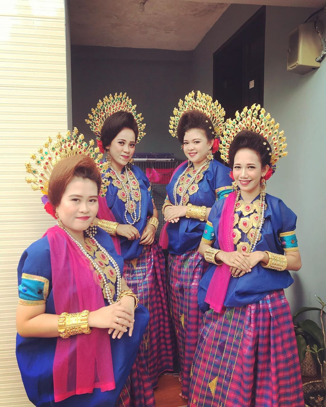 Pakaian Adat Surabaya Jawa Timur