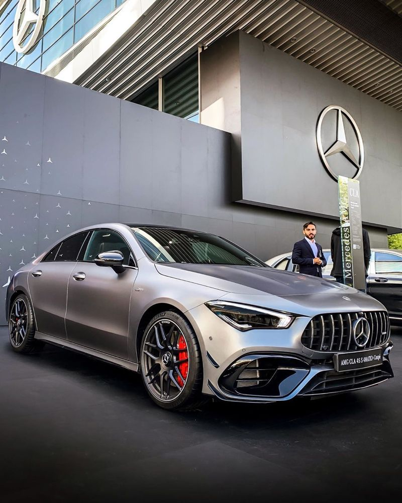 Pin By Milton Whitt On Cars With Images Mercedes Amg Mercedes