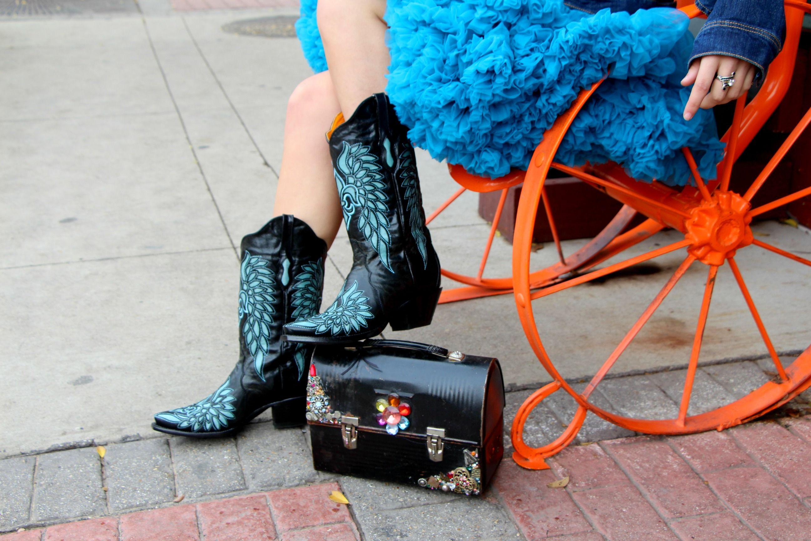 Cowboy boots,  Bodacious Boots www.juliafortunephotography.com