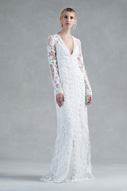 Big girl wedding dresses  The Biggest Bridal Trends of Fall   Big wedding dresses