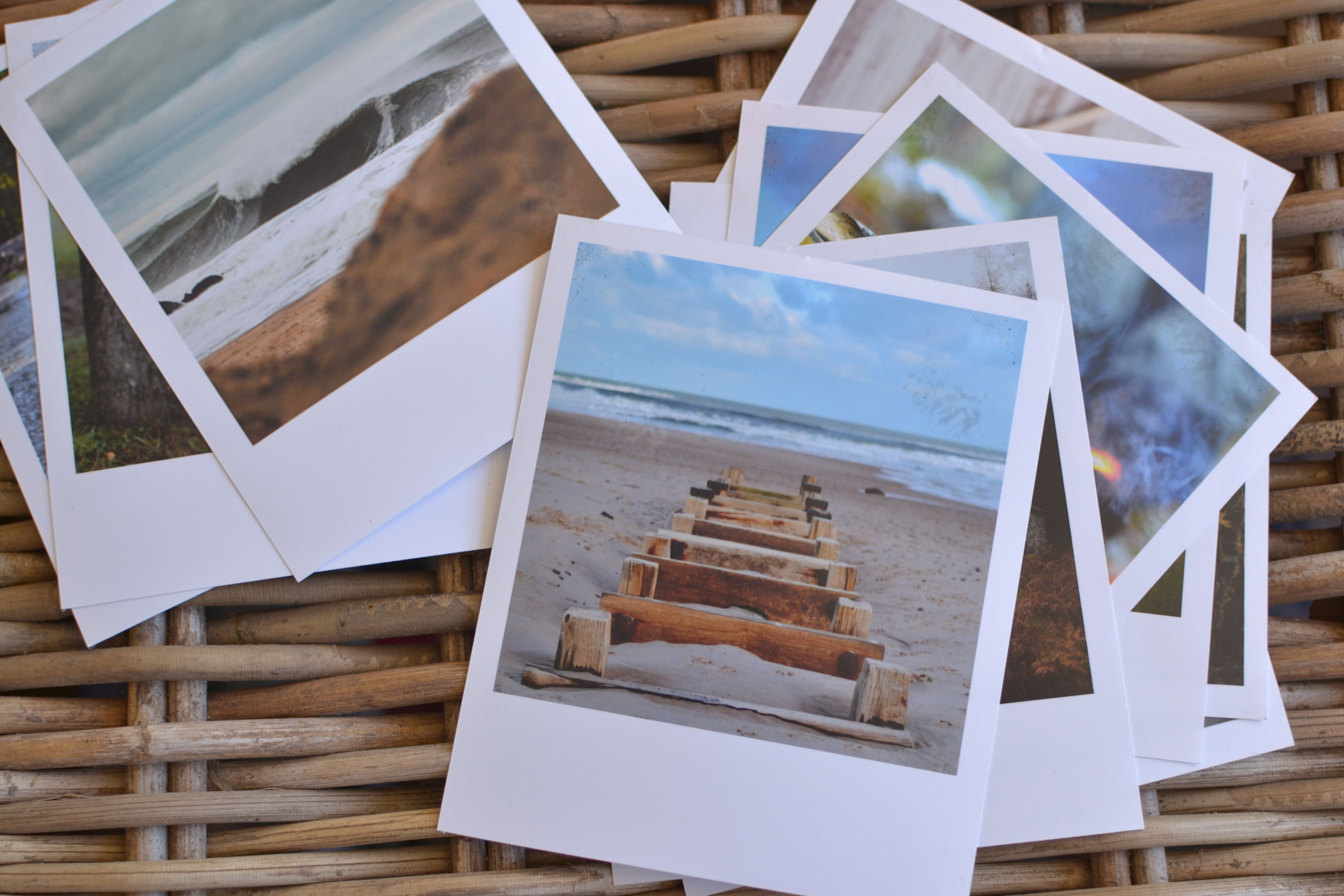 print any photo as a polaroid free template christmas