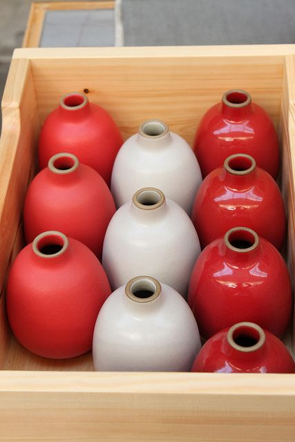 heath vases