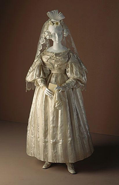 c.1830-33 Wedding Gown with Veil at LACMA, from AntiqueDress.com