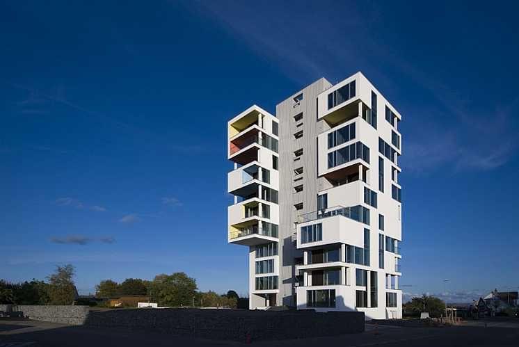 Siloetten apartment bldg based on former silo in Logten by C.F. Møller