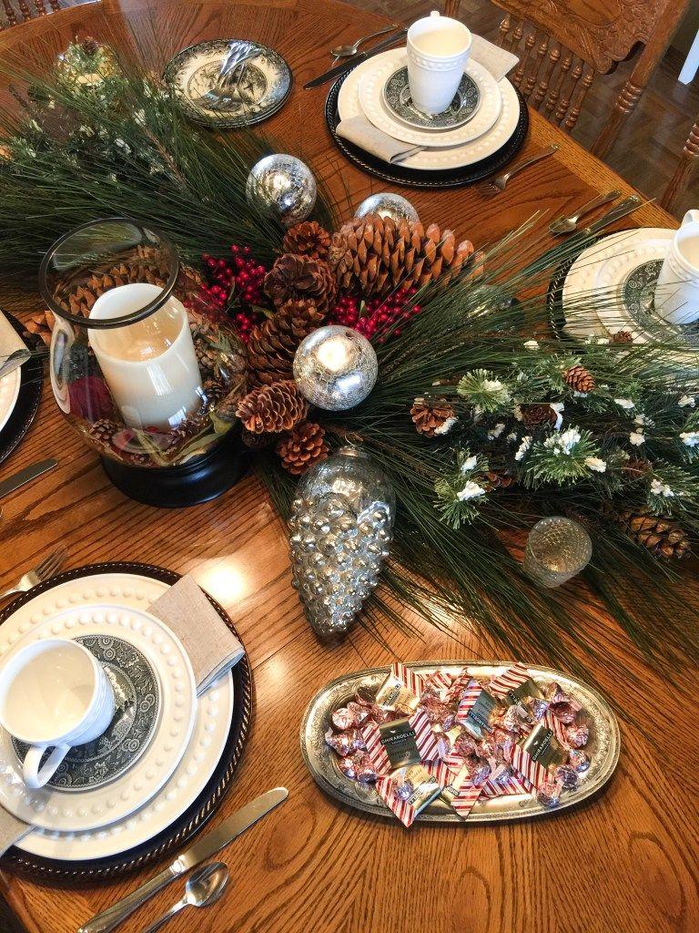 Paula's Home – Diamonds or Pearls Christmas Tour
