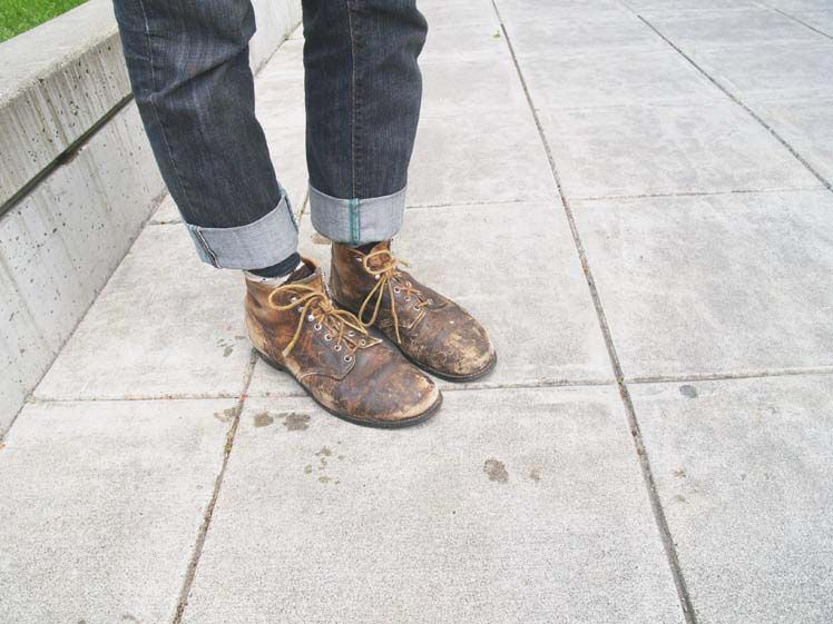 Pair your worn and tattered shoes with some rolled up jeans to ...