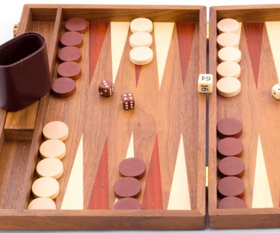 How To Play Backgammon Backgammon Board Games Board Games For Two