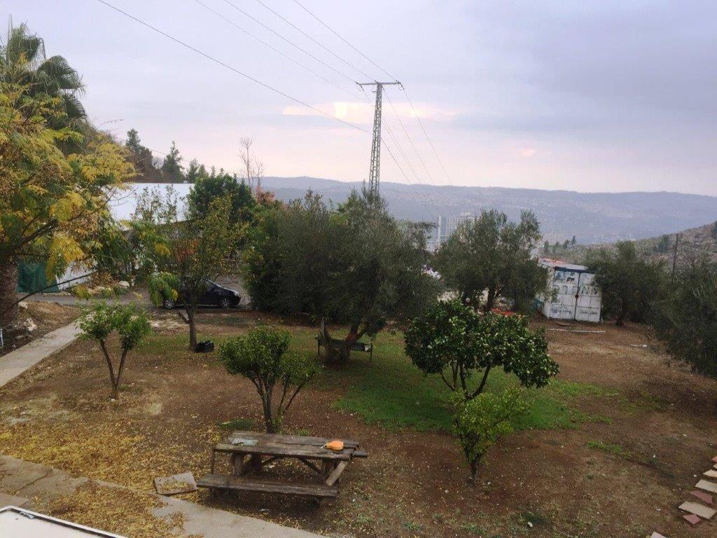 שונות משק נחלה מניבה למכירה במושב אורה במיקום גבוה, ליד ירושלים. בלעדי WS-87