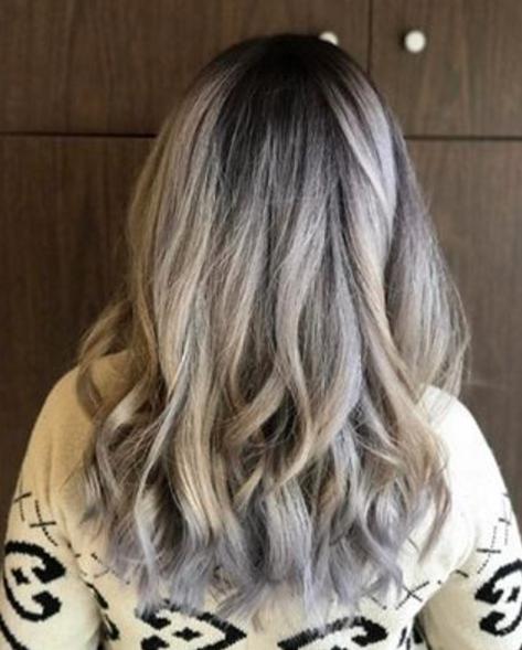 Silver hair S L A Y ☠️ ☠️ #WDalySalonSpa #HairbyMeg #Newnan Photo from @megsellershair on Instagram