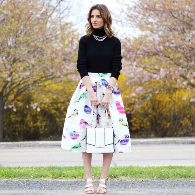 This skiet is so me!  50 Inspiring Street Style Outfits To Try For Summer via @Who What Wear