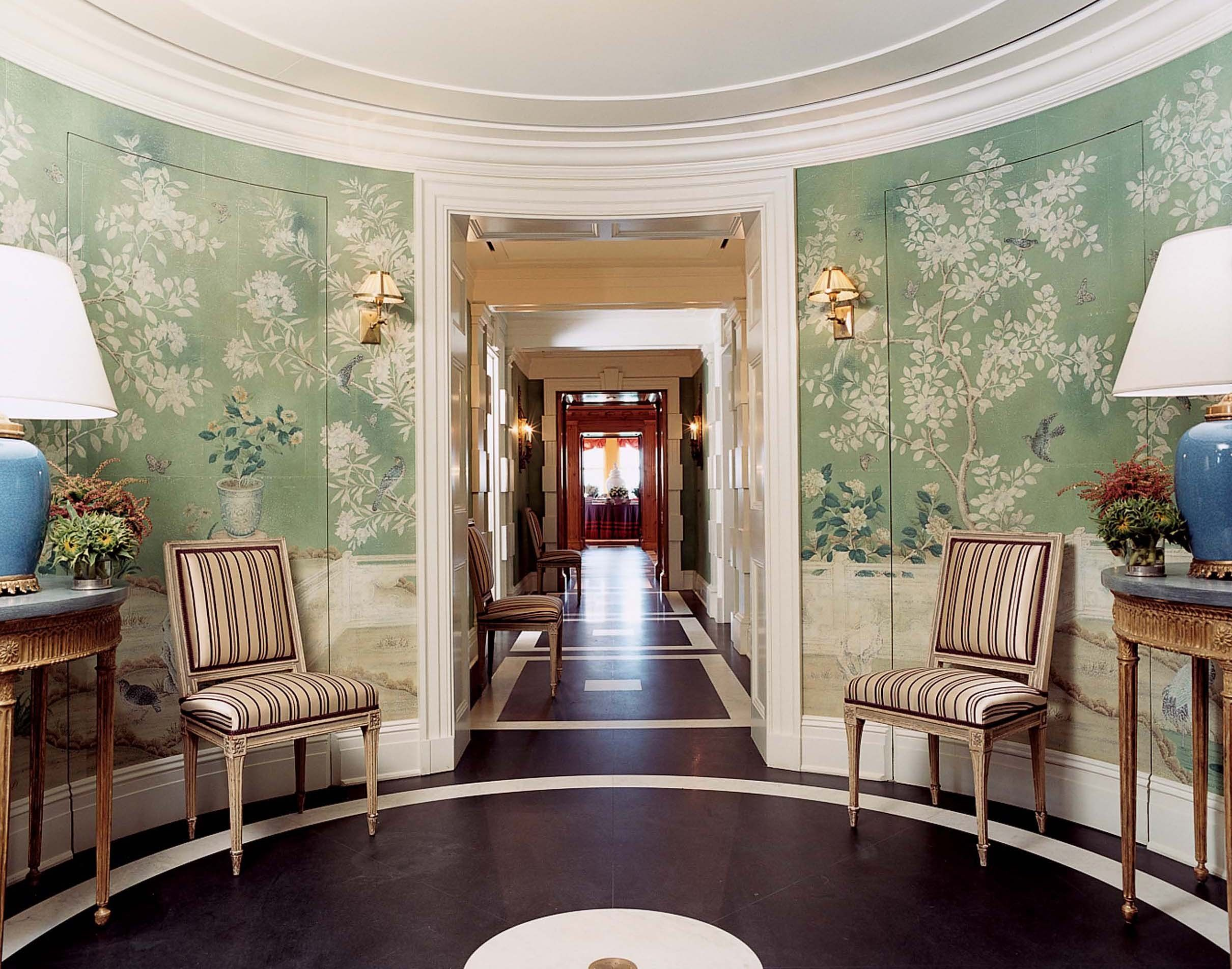 Traditional Wallpaper For Foyers : The most beautiful foyers in vogue photos for my dream