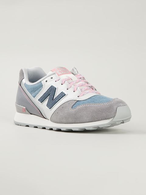New Balance Baskets Farfetch.com   Sneakers   Pinterest   Chaussure ... 420706a8f46e