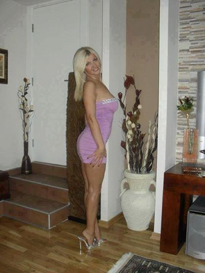 guimares milf personals Looking for a bisexual couple to have some fun with i can bring a guy or a girl with me xx.