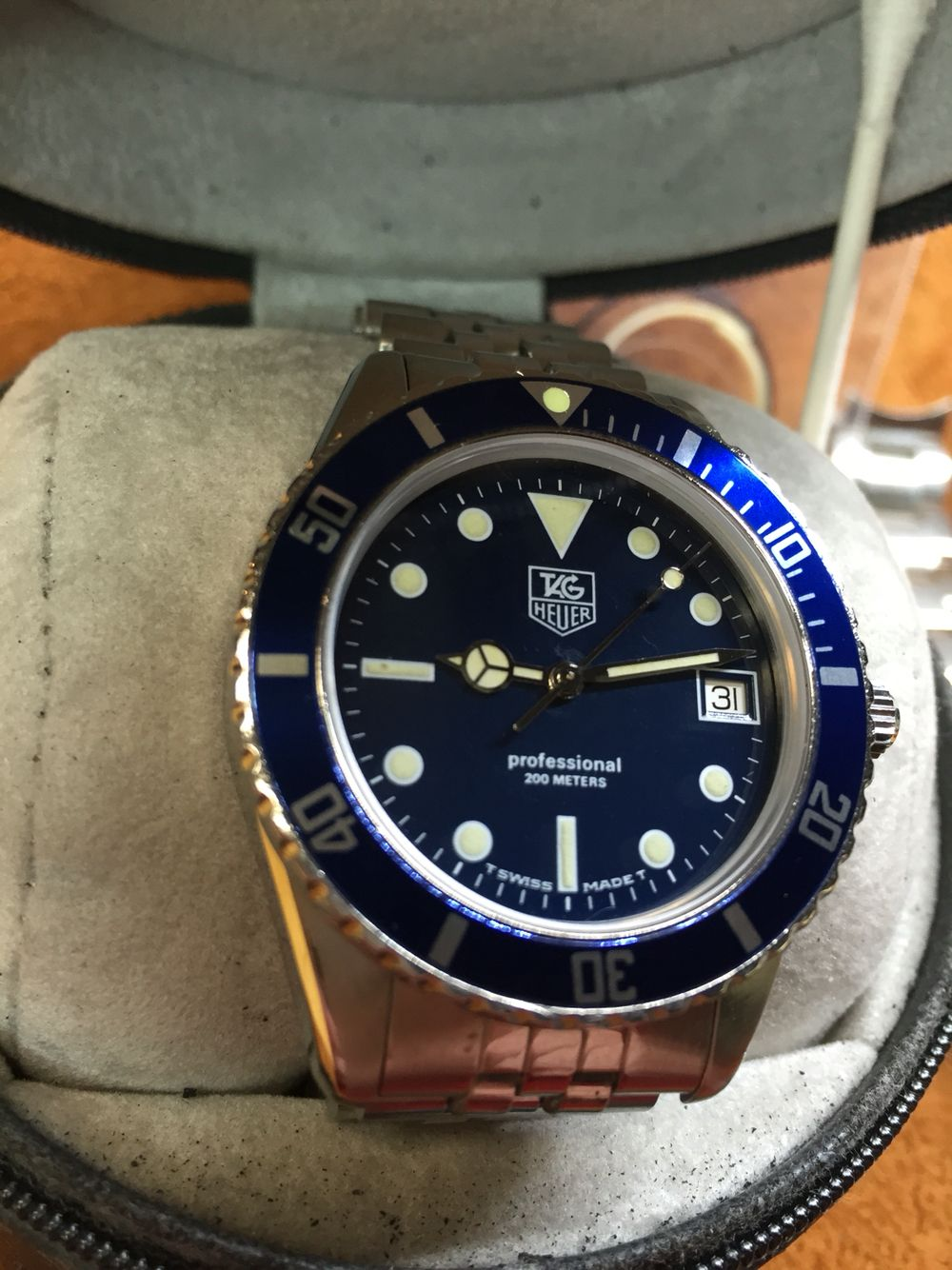980.613 pics    You can contact me at jkbenn02 (yahoo) if you have any other questions or requests.   Model number 980.613N/1 38mm WITHOUT crown 40mm WITH crown This is the elusive blue dial/bezel version which isn't nearly as common as the regular black dial/bezel version.
