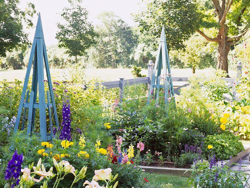 Gorgeous Garden Structures - Lowe\'s Creative Ideas | Gardening the ...