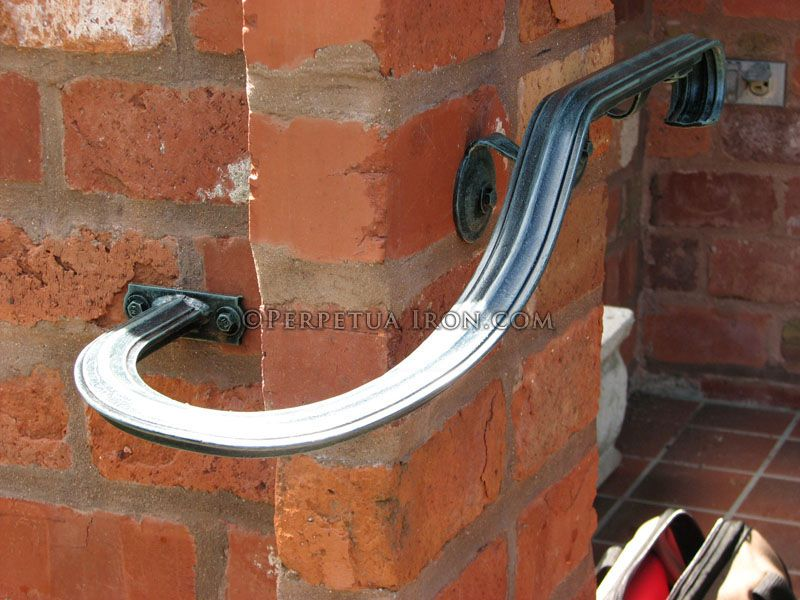 Best Custom Fabricated Small Hand Rail With Special Bend For 640 x 480