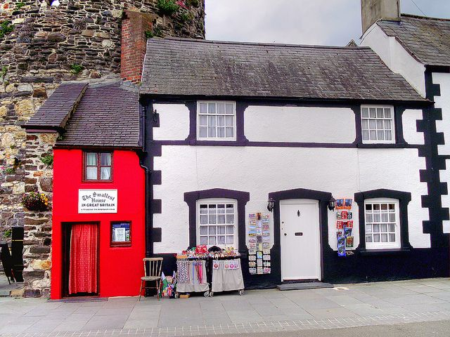Britains Smallest House, Conwy, Wales | Ian Gedge | Flickr