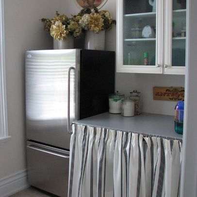 pleated curtains on lower cabinets--for kitchen