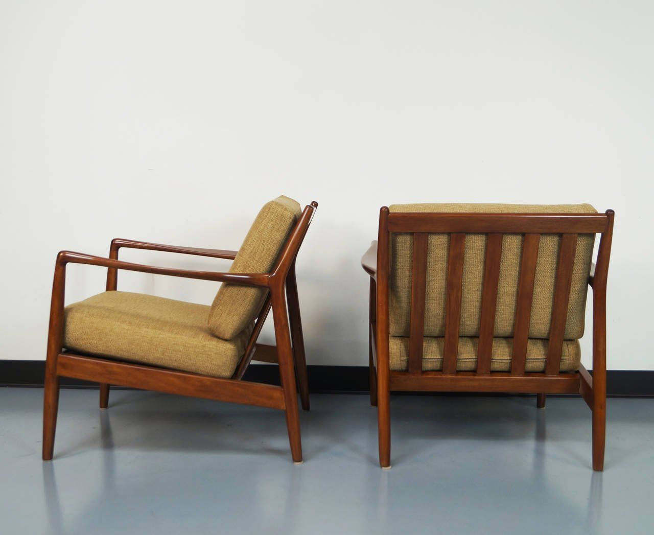 Mid Century Lounge Chair   Google Search
