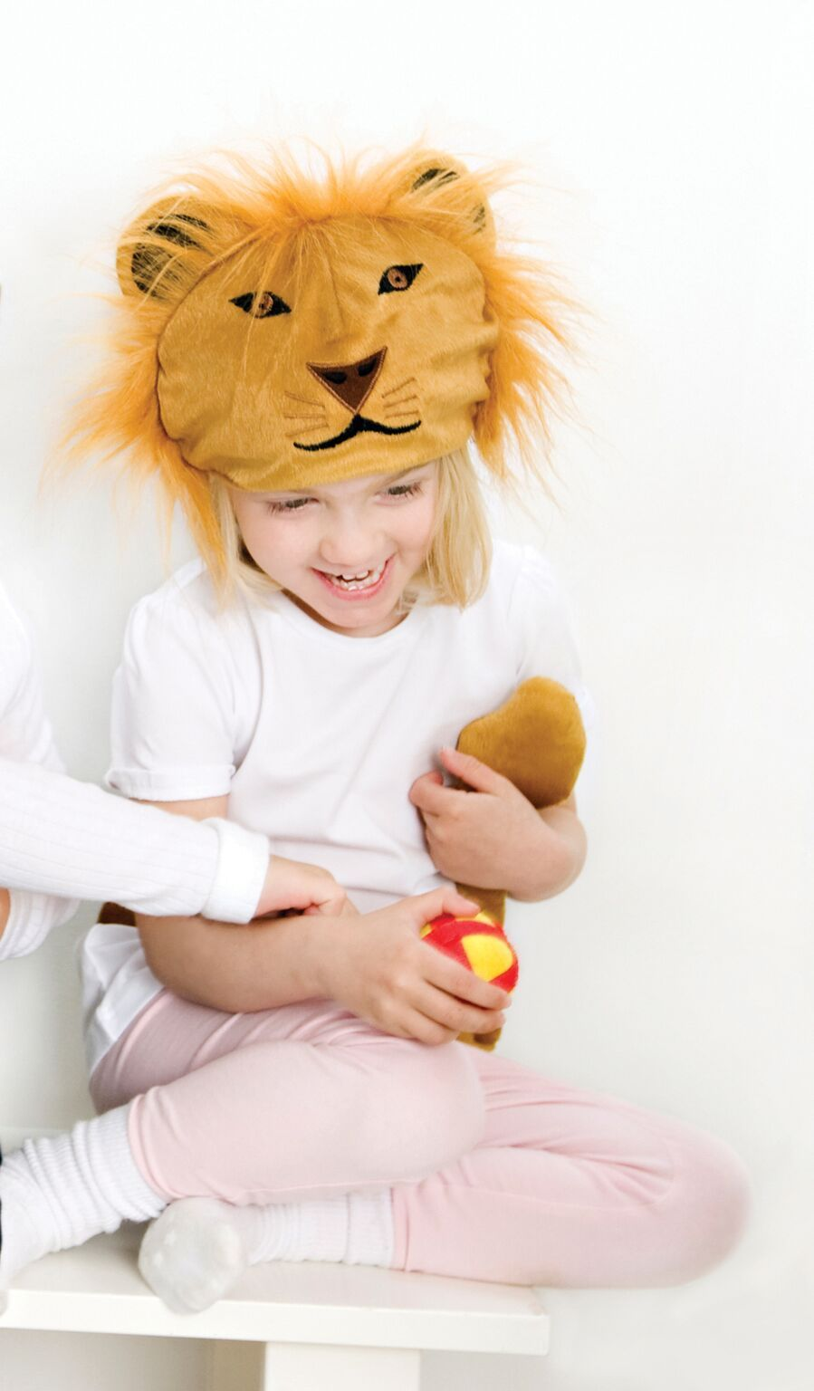 Adorable Lion Hat and Tail dress up set by Oskar and Ellen! Perfect for a party, school assembly or dressing up fun around the house.    For learning, imagination and role play! Oskar and Ellen provide an innovative and fun range of soft fabric toys aimed at encouraging your child's imagination through role play!  #kidscostumes #imaginativeplay #educationaltoys #handmade #oskaandellen #giftsforkids #onlineshopping #littlebooteek
