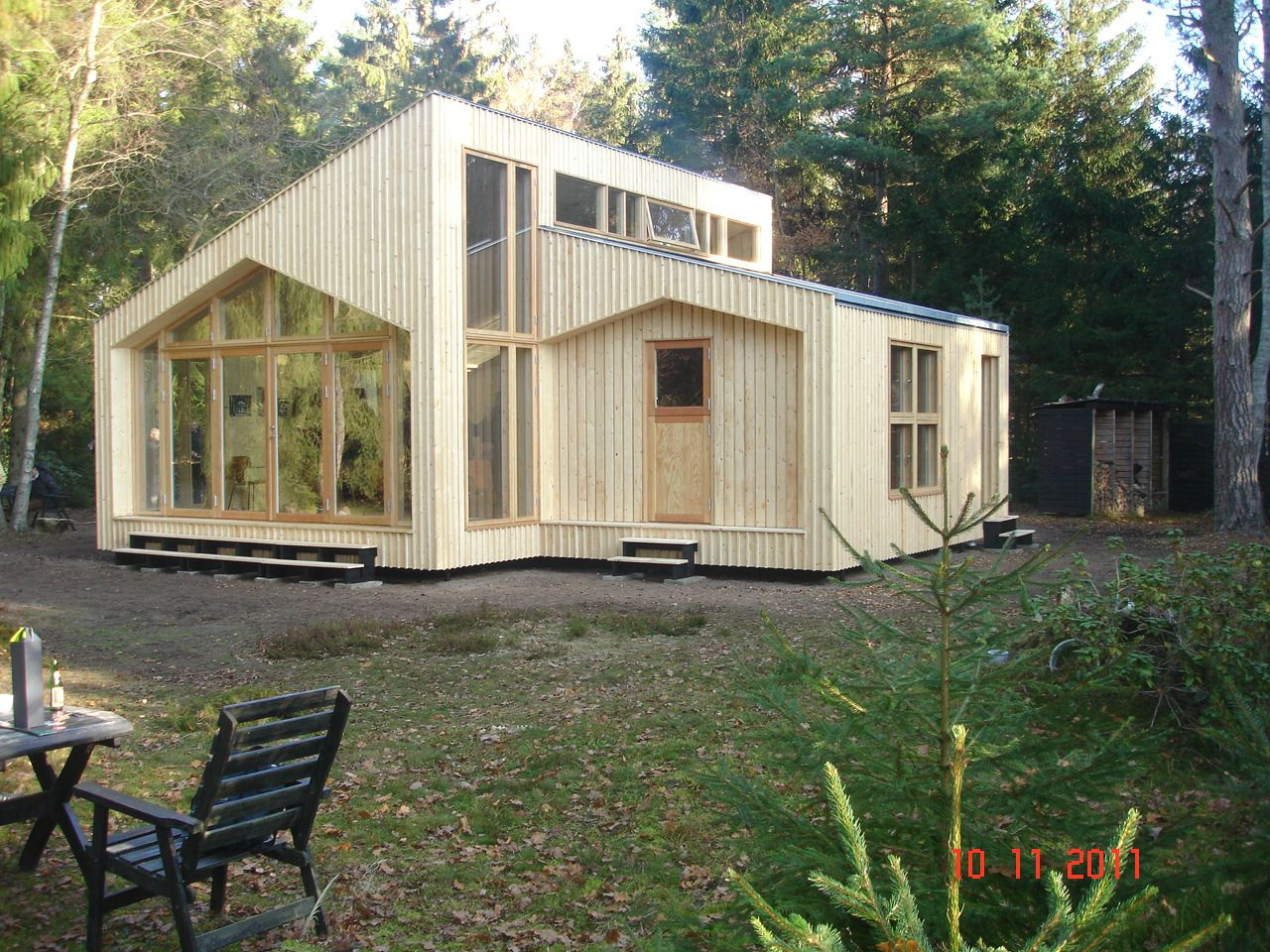 complete house printed out of plywood on a cnc machine for snap together assembly just a. Black Bedroom Furniture Sets. Home Design Ideas