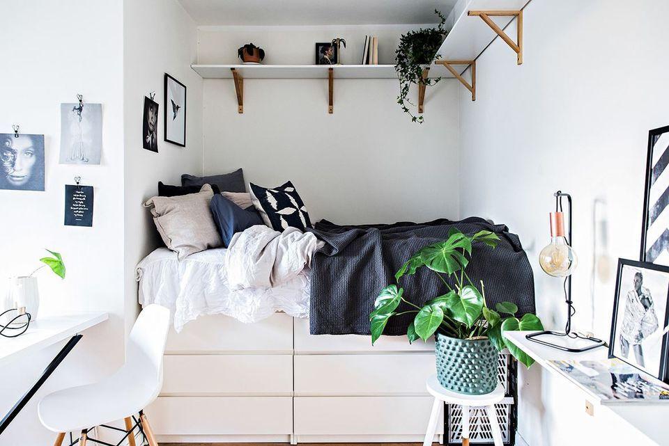 21 Best Ikea Storage Hacks For Small Bedrooms Tiny Bedroom Design Small Bedroom Storage Ikea Small Bedroom