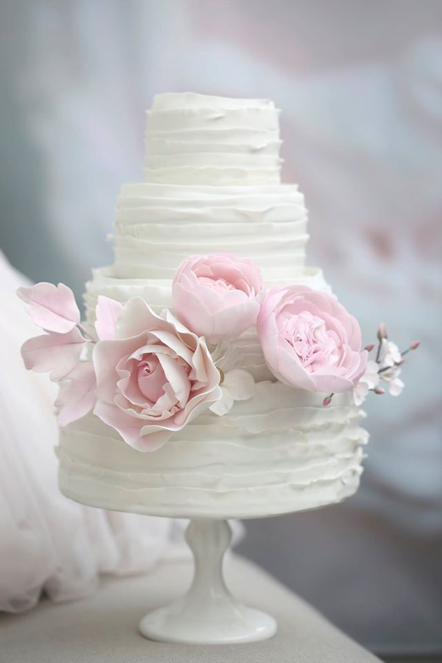 Wedding Cakes With Rare Details By Melcakes