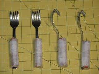 I found a link somewhere that I've lost that showed some weights for knitting machines made out of forks!   What a great idea! I love the fa...