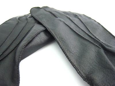 #guantes Nathaniel leather gloves Guantes en cuero para conducir y para el frio.  Dan un toque de elegancia.  #Colombia #macardi.com