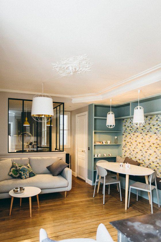 A Parisian Pied A Terre For A Family Of Four Deco Petit Appartement Deco Appartement Deco Maison