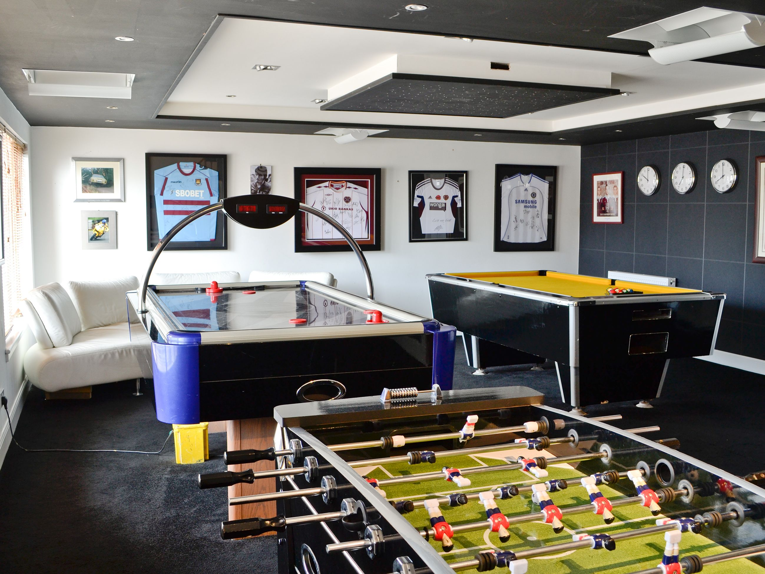 Basement kids game room - Games Room With Pool Table Table Football And Air Hockey For Endless Entertainment Kids Basementkid