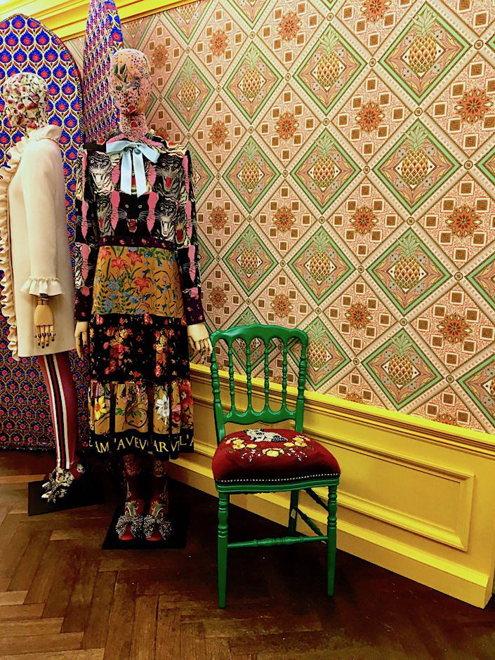 ca25d6f50 Gucci Pineapple wallpaper at Bergdorf s