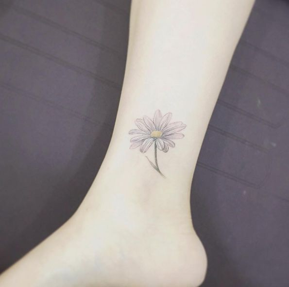 Pin By Daisy On Hinh Xăm Daisy Flower Tattoos Daisy Tattoo Ankle Tattoo Designs
