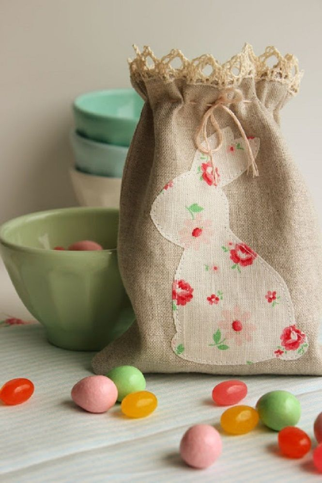 Lembrancinha de pscoa sacola de doces decorao pinterest linen bunny bag what a sweet gift bag idea negle Image collections