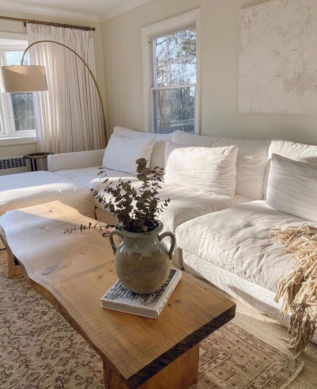 Julie On Instagram Ok I Want A Linen Couch In 2020 Interior Design Living Room Minimalist Interior Decor Living Room Designs