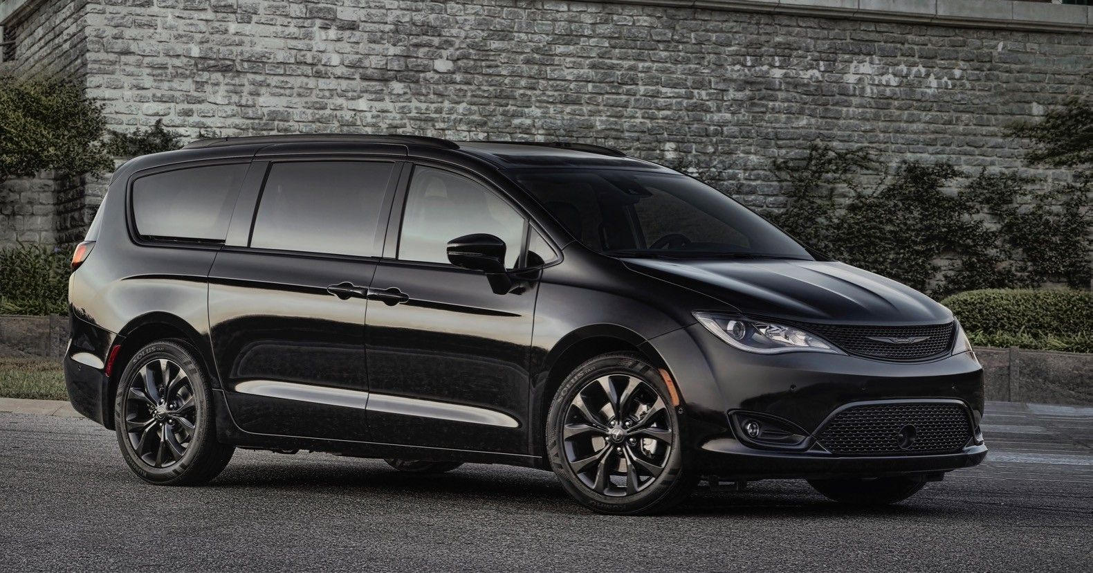 The 2019 Chrysler Pacifica Exterior Chrysler Pacifica Chrysler