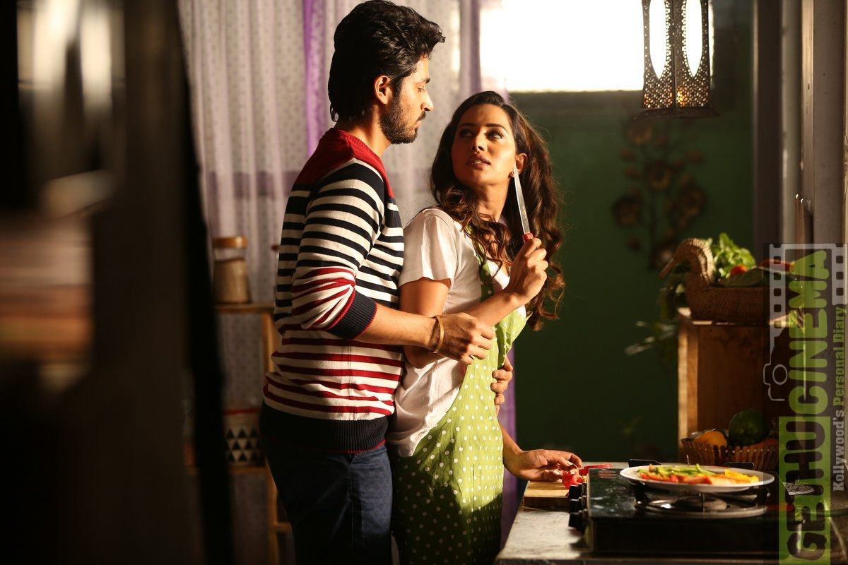 Pyaar Prema Kaadhal Tamil Movie Hd Images Harish Kalyan