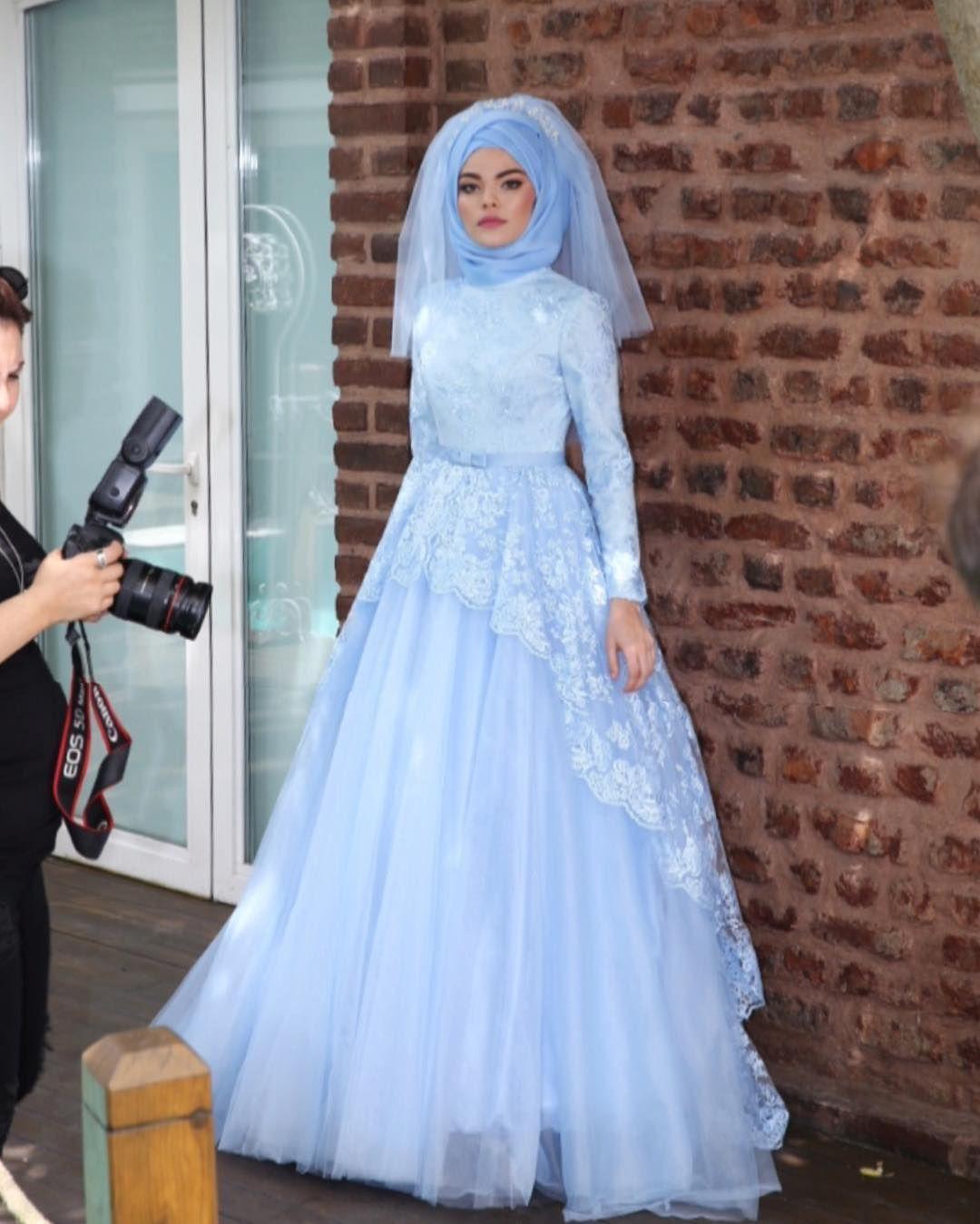 Hayalperest koleksiyonu lansman kamera arkas muslim bridal hayalperest koleksiyonu lansman kamera arkas muslim bridesmuslim couplesmuslim wedding dressesprom dresseshijab bridebridal ombrellifo Image collections