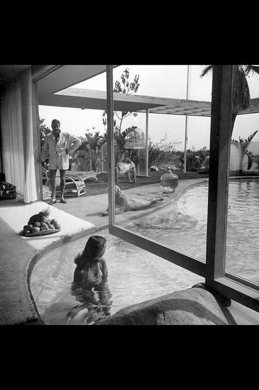 Raymond Loewy's swimming pool