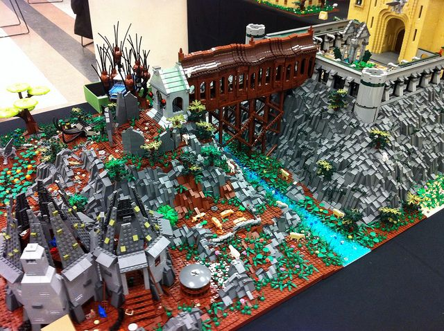 Hogwarts display - BrickCon by Brickmania Toys, via Flickr