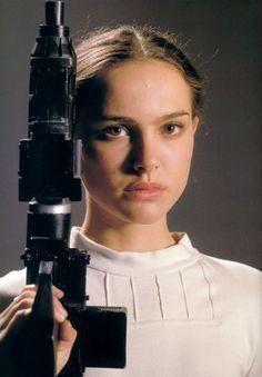 Senator Padme Amidala in combat fatigues on Geonosis  sc 1 st  Pinterest & Senator Padme Amidala in combat fatigues on Geonosis | Star Wars ...
