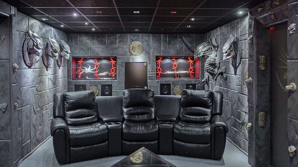 This Ridiculous Alien Vs Predator House Is The Ultimate