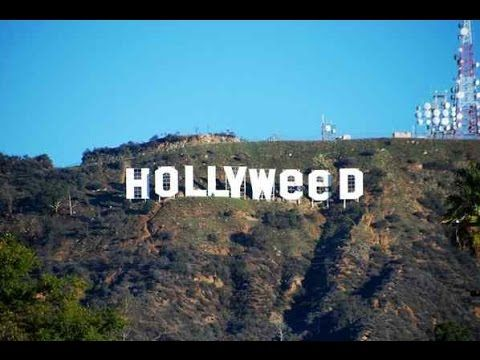 Hollywood Sign Changed To Hollyweed 🤓