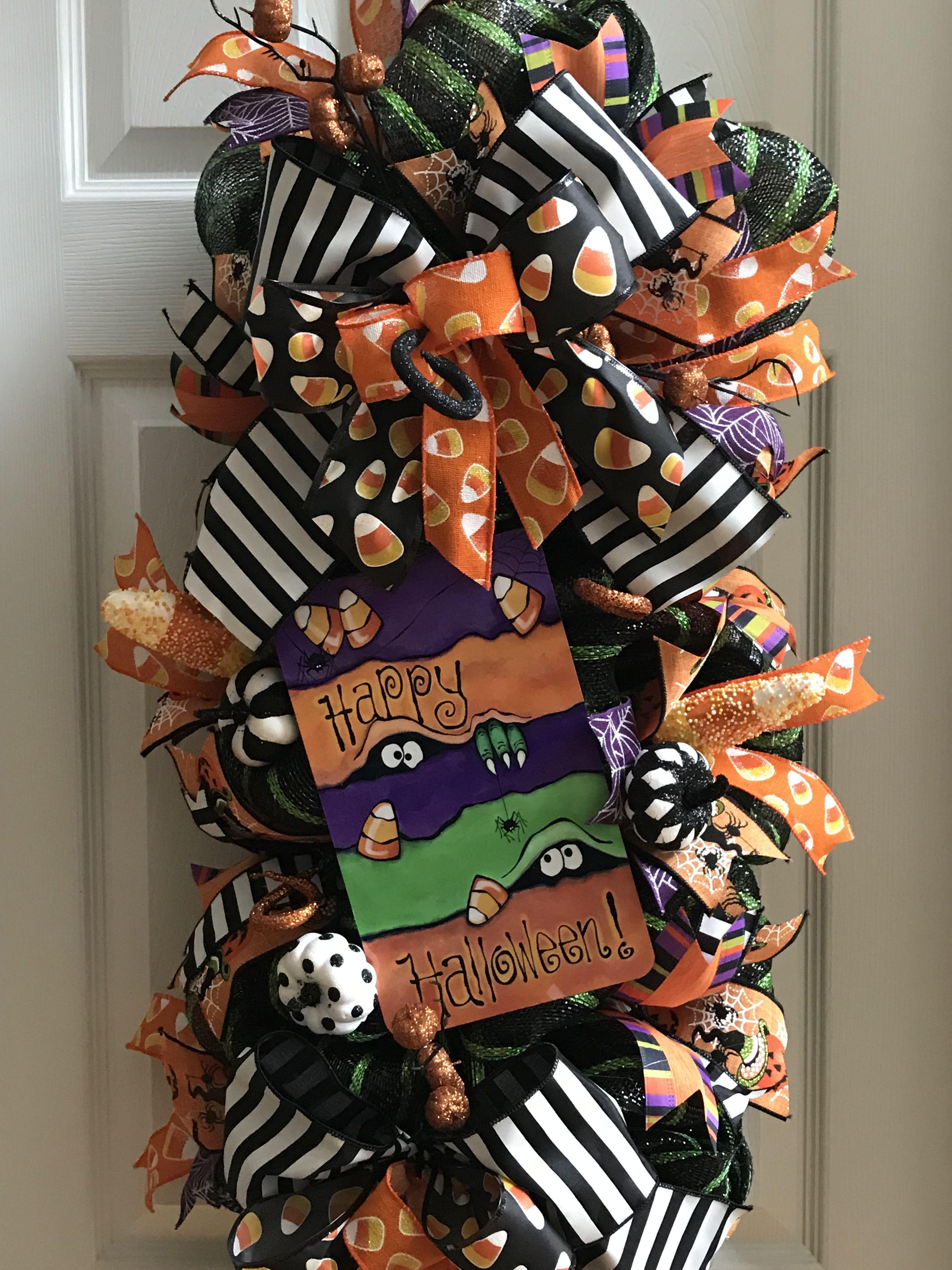 Just A Little Treat For Your Halloween #Happyhalloween #Wreathmaker #Trickortreat