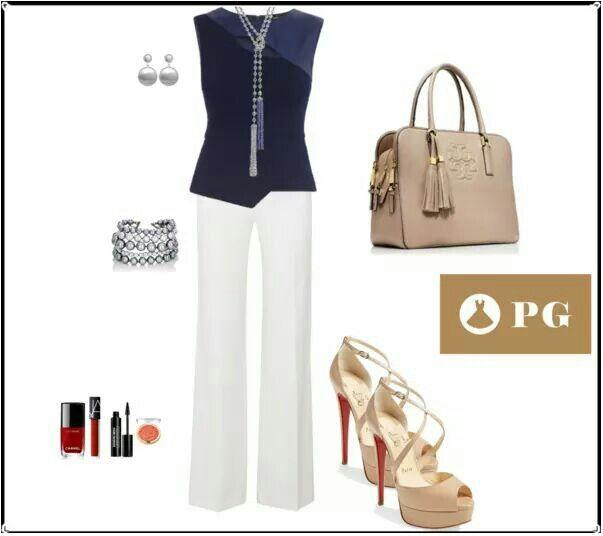 Ideas: La combinación que siempre está de moda: azul marino y blanco. #paulagarin #asesoradeimagen#imagenpersonal #imagenyestilo #belleza #moda #estilo #look #fashion #tendencias