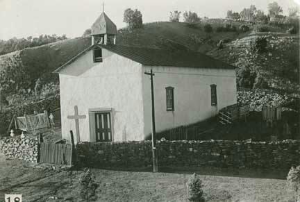 Nuestra Senora de La Luz Iglesia, Canoncito, NM. 1915. Canoncito is north of Las Vegas, NM.  #canoncito #canoncitonm #canoncitonewmexico #newmexico #oldnewmexico