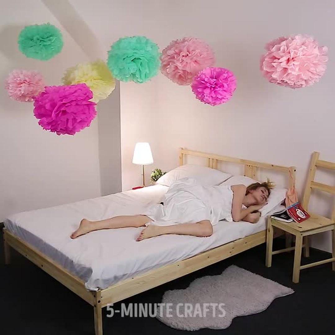 DIY Video  Gorgeous giant tissue paper flowers diypickcom