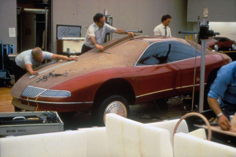 OG 1995 Buick Riviera Mk8 Fullsize mockup in process