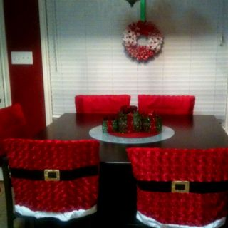 LOVE the chair covers (just in case I ever have a table AND Christmas at my house)